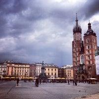 Foto tirada no(a) Rynek Główny por Karolina em 4/14/2013