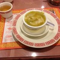 Foto scattata a Wonderful Chinese da Jay L. il 10/26/2012