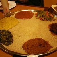 Снимок сделан в Lalibela Ethiopian Restaurant пользователем Shicky L. 2/10/2016