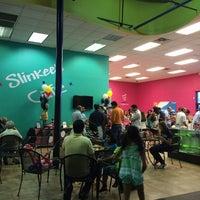 Foto diambil di Slinkee's Jax oleh Corinna H. pada 10/19/2014