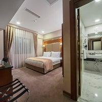 Das Foto wurde bei Dosso Dossi Hotels Old City von Bülent E. am 12/10/2013 aufgenommen