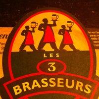 Foto scattata a Les 3 Brasseurs da Caroline L. il 11/20/2012