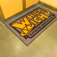 which wich superior sandwiches the woodlandsのサンドイッチ店