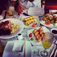 1/27/2013 tarihinde Javier R.ziyaretçi tarafından Senz Nikkei Restaurant'de çekilen fotoğraf