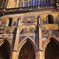 6/8/2013 tarihinde Alexander C.ziyaretçi tarafından Prag Kalesi'de çekilen fotoğraf
