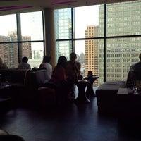 Das Foto wurde bei Sky Room von Matt S. am 6/19/2013 aufgenommen