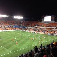 รูปภาพถ่ายที่ BBVA Compass Stadium โดย RGR เมื่อ 3/6/2013