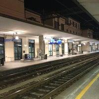 Das Foto wurde bei Stazione La Spezia Centrale von Vincenzo S. am 12/8/2012 aufgenommen
