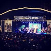 Foto tirada no(a) Terreirão do Samba por Francisco J. em 2/2/2013