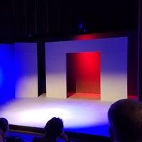 Foto tomada en Clear Creek Country Theatre por Julie M. el 11/4/2018