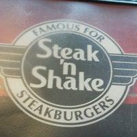 Foto tomada en Steak 'n Shake por Rich L. el 3/1/2017