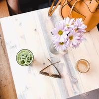 9/6/2018 tarihinde Djaniella D.ziyaretçi tarafından Elixr Coffee Roasters'de çekilen fotoğraf