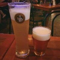 Das Foto wurde bei Pub Escondido, CA von Adriana M. am 1/2/2015 aufgenommen