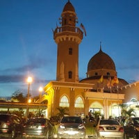 Foto scattata a Masjid Jamek Haji Mat Saman da amj il 7/1/2018