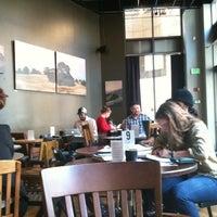 Foto tirada no(a) Awaken Cafe & Roasting por Jennifer W. em 11/21/2012