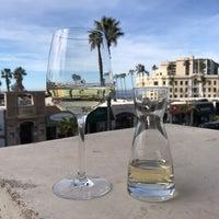1/28/2018 tarihinde Marie Gooddayphoto W.ziyaretçi tarafından Catania Restaurant'de çekilen fotoğraf