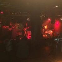 Foto tirada no(a) Moe Club por MrCarisma S. em 12/9/2017
