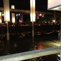 6/6/2013 tarihinde Le G.ziyaretçi tarafından Waterside Resort Restaurant'de çekilen fotoğraf