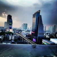 11/1/2012 tarihinde Сергей И.ziyaretçi tarafından Eastin Grand Hotel Sathorn'de çekilen fotoğraf