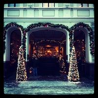 รูปภาพถ่ายที่ Kempinski Hotel Moika 22 โดย Максим М. เมื่อ 12/7/2012