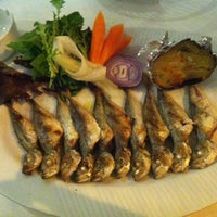 Foto scattata a Yelken Restaurant da Simten D. il 4/15/2013