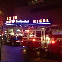 5/20/2013 tarihinde Joe S.ziyaretçi tarafından Regal Cinemas Union Square 14'de çekilen fotoğraf