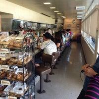 12/28/2012에 Gregory님이 Liliha Bakery에서 찍은 사진