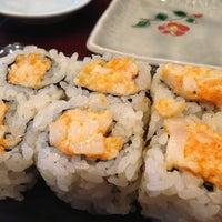 Photo prise au Sushi of Gari par Helen L. le3/24/2013