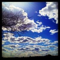 Das Foto wurde bei Riverside Park von Marc am 3/30/2013 aufgenommen