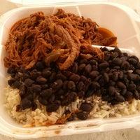 รูปภาพถ่ายที่ Latin Square Cuisine โดย Rick เมื่อ 7/19/2013