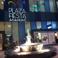 Foto diambil di Plaza Fiesta Anáhuac oleh Angel D. pada 10/10/2012