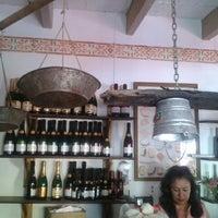 Foto tomada en Museo del queso y del vino por Peter P. el 3/29/2013