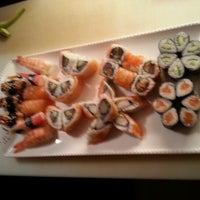 Снимок сделан в Mai-Ling Chinese & Sushi пользователем Nafi Ü. 11/18/2012