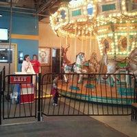 รูปภาพถ่ายที่ Omaha Children's Museum โดย Lexi W. เมื่อ 11/9/2012
