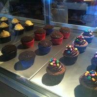 2/16/2013에 Carolina S.님이 Cupcake.ito에서 찍은 사진