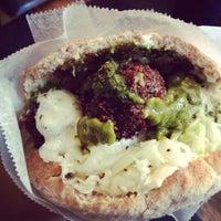 Foto diambil di Taïm Falafel and Smoothie Bar oleh My Khanh N. pada 12/17/2012