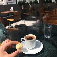 4/14/2018 tarihinde Melisziyaretçi tarafından Dair'e Cafe'de çekilen fotoğraf