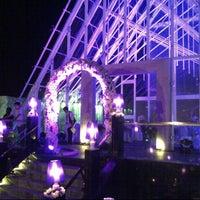 Foto diambil di Palacio Wedding Chapel oleh Mas'ud A. pada 11/25/2012