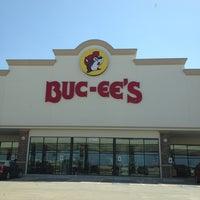 Buc Ee S 2760 N Interstate 35