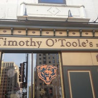 Foto tirada no(a) Timothy O'Toole's Chicago por Bubba em 10/16/2012