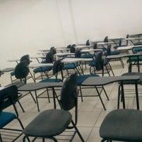 Foto tirada no(a) Faculdade de Macapá - FAMA por Gilvandro P. em 11/8/2012