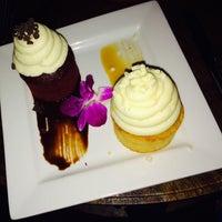 Foto scattata a Crave Dessert Bar da Aleia il 5/2/2015