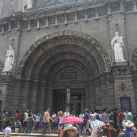 Foto tomada en Cathedral-Basilica of the Immaculate Conception of Manila (Manila Cathedral) por Anthony J. el 3/24/2016