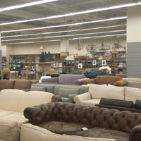 Restoration Hardware Outlet >> Restoration Hardware Outlet Furniture Home Store In Flushing