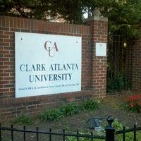 รูปภาพถ่ายที่ Clark Atlanta University โดย Nichole เมื่อ 10/13/2012
