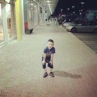 Das Foto wurde bei Aviv Retail Park von lumen75 am 5/1/2013 aufgenommen