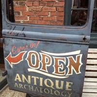 5/31/2013にNancyがAntique Archaeologyで撮った写真
