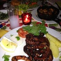 Foto tirada no(a) Şako Restaurant por Selva em 4/25/2014