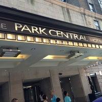 รูปภาพถ่ายที่ Park Central Hotel New York โดย Виктория☀ เมื่อ 9/8/2013