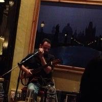 Foto tomada en 500 Noches Cafe-bar por Tania W. el 6/16/2013